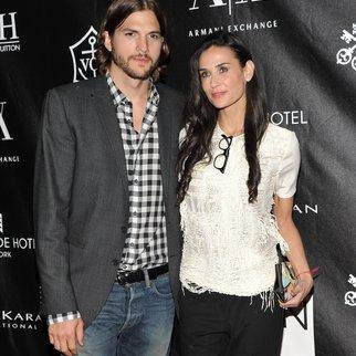 Ashton Kutcher: Demi Moore wird ihn unterstützen
