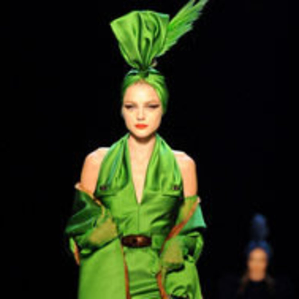 Fashion Week Paris: Gaultier zelebriert die Femme Fatale
