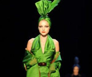 Fashion Week Paris: Gaultier zelebriert die Femme Fatale