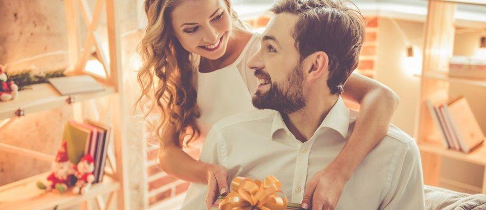 b4397f23b866ab4d15c9f39d0b_AnJlIDk1MCA0NzUDMWViOTI4YWRjMzA=_beautiful-romantic-couple