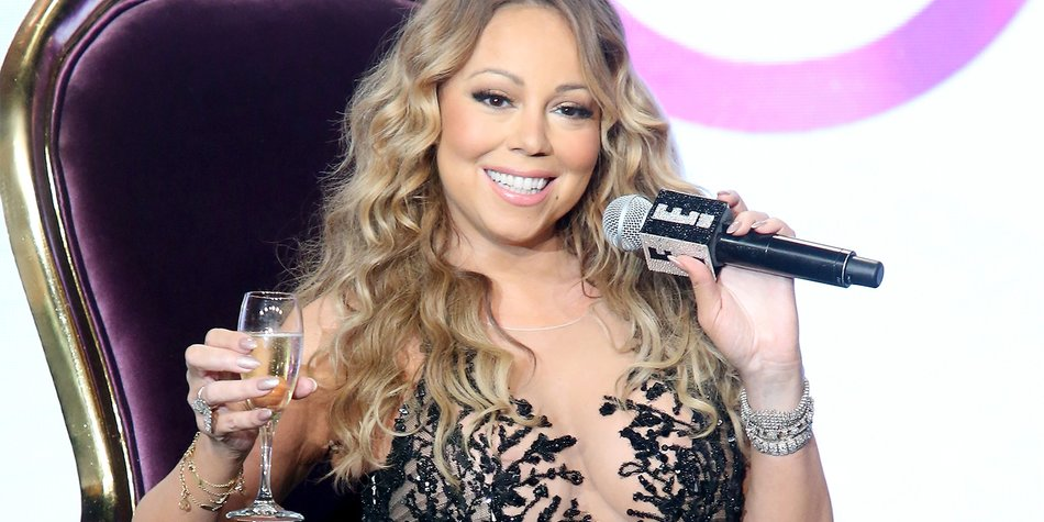 161125_MariahCarey_FrederickM.Brown_GettyImages