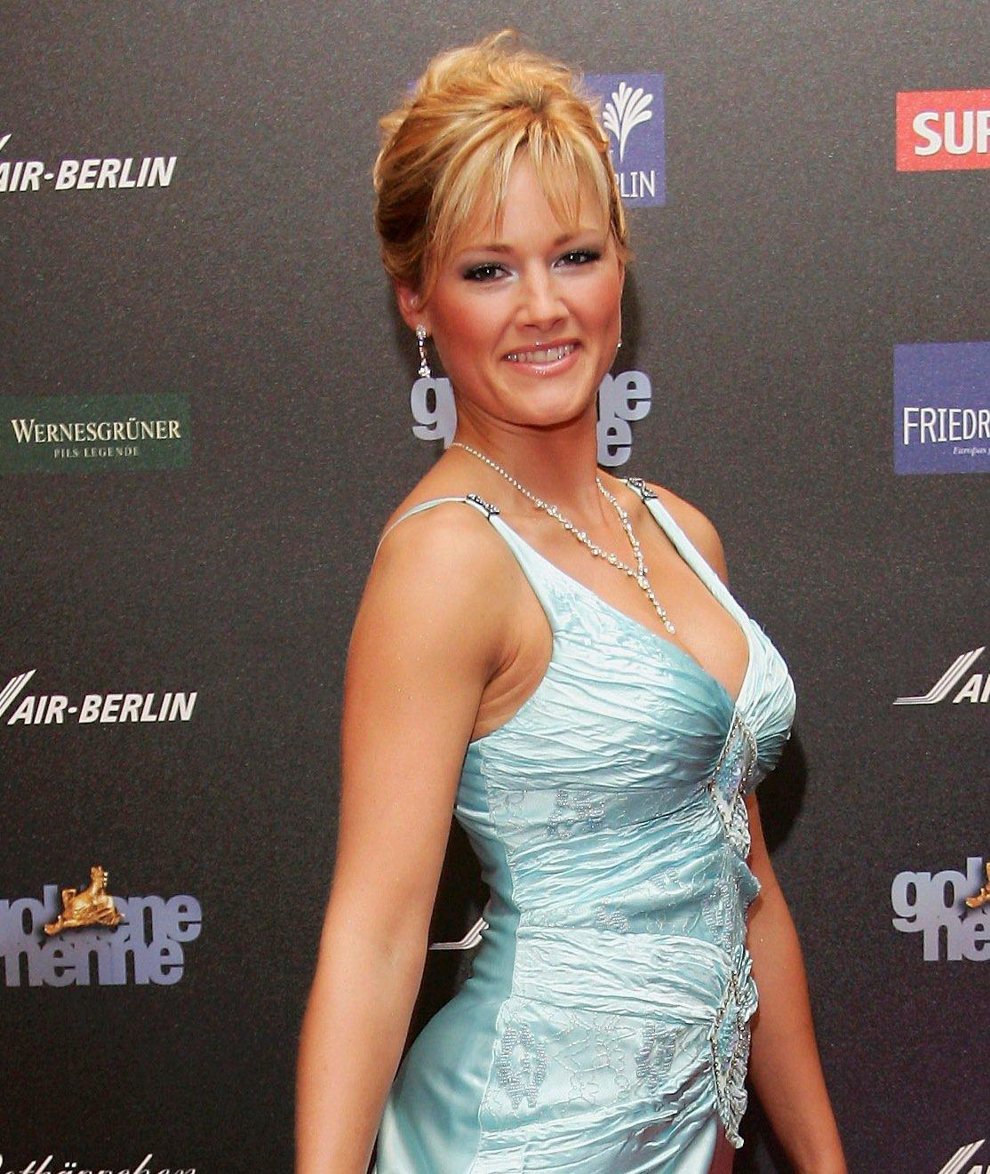 Helene Fischer: Hochsteckfrisur mit Pony  erdbeerlounge.de