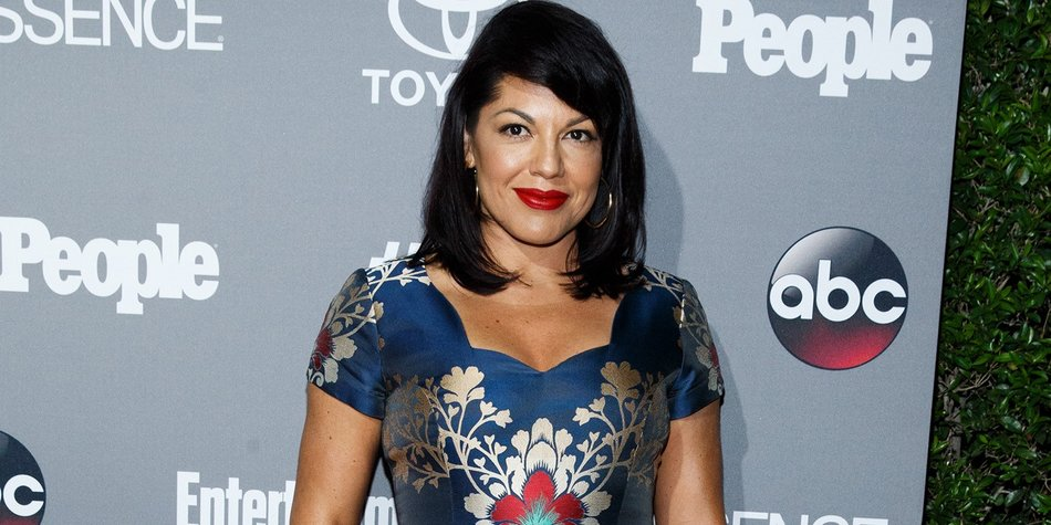 WEST HOLLYWOOD, CA - SEPTEMBER 26: Actress Sara Ramirez attends the celebration of ABC's TGIT Line-up held at Gracias Madre on September 26, 2015 in West Hollywood, California. (Photo by Mark Davis/Getty Images)