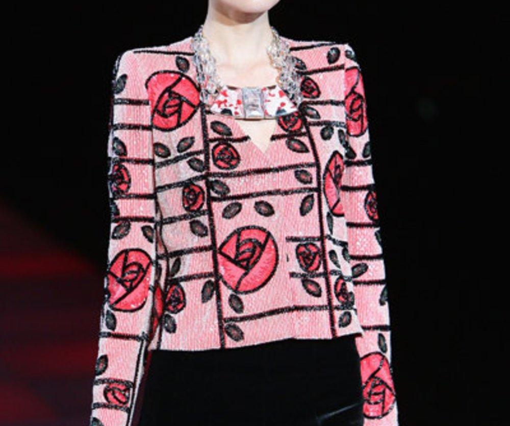 Armani Kostüm auf der Fashion Week Mailand