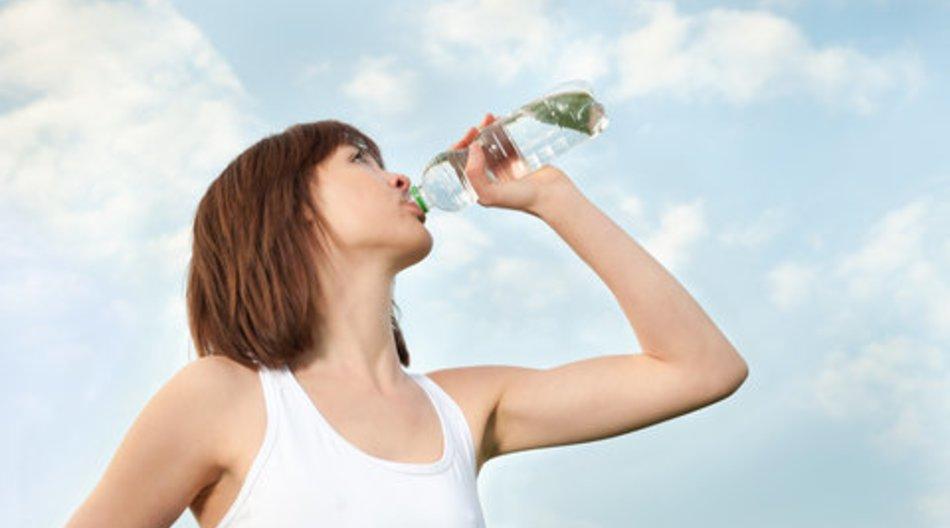 Wasser trinken: Warum viel trinken so gesund ist