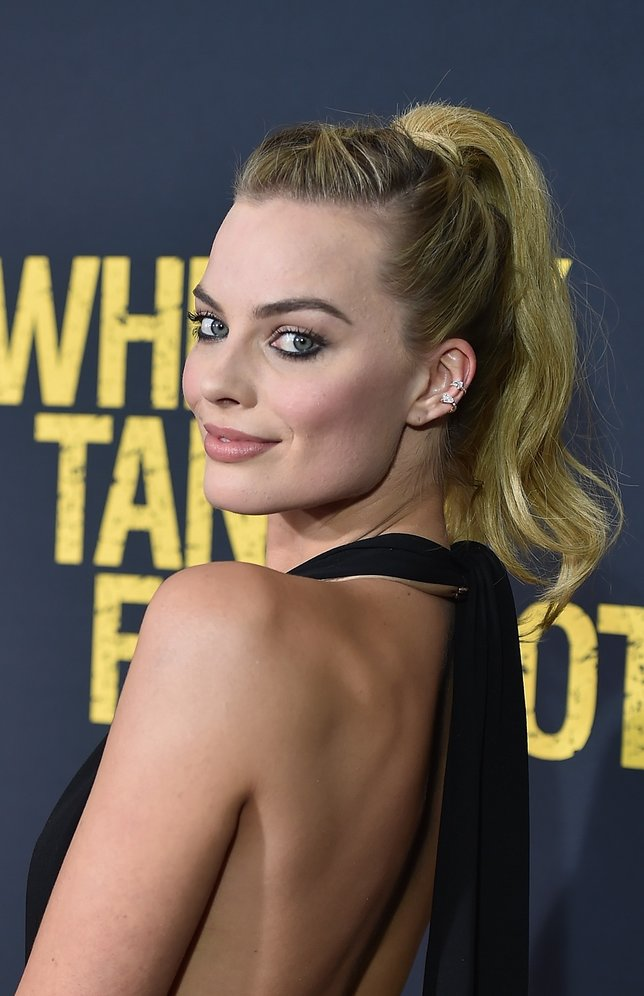 """NEW YORK, NY - MARCH 01: Actress Margot Robbie attends the """"Whiskey Tango Foxtrot"""" world premiere - Arrivals at AMC Loews Lincoln Square 13 theater on March 1, 2016 in New York City. (Photo by Dimitrios Kambouris/Getty Images)"""