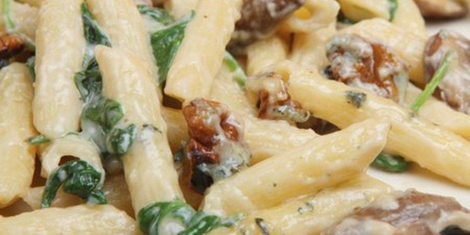Gorgonzolasauce mit Spinat
