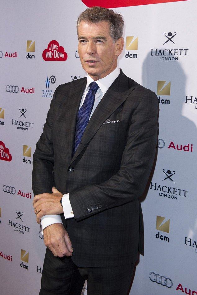 Pierce Brosnan bei einer Premiere