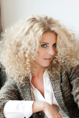 Engelsgleich: Blonde lange Locken