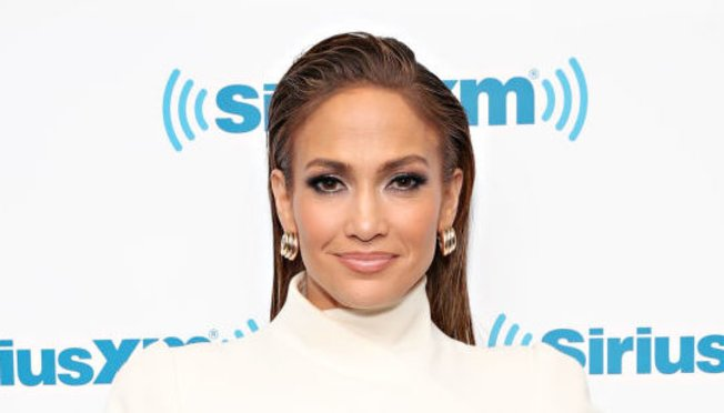 Jennifer Lopez Slick HAir