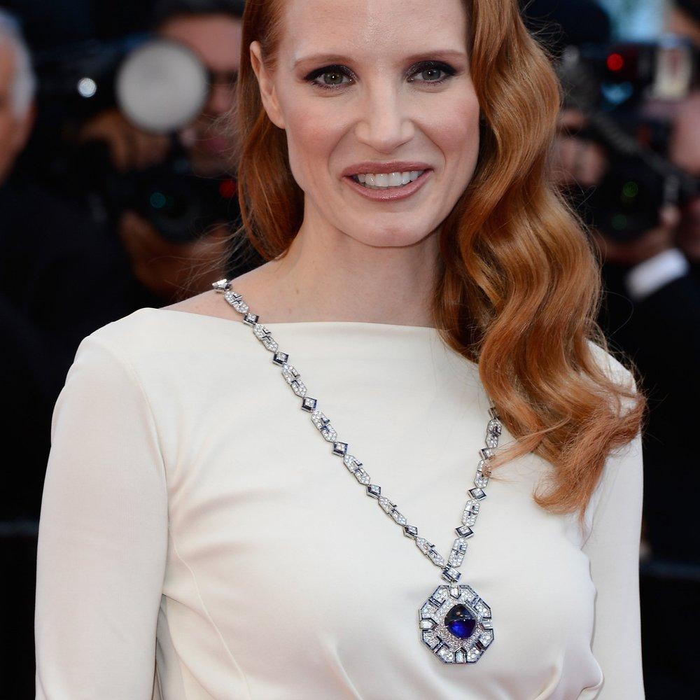 """Jessica Chastain trägt """"Cleopatra""""-Juwelen"""
