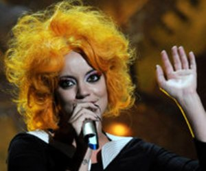 Lily Allen: Pause!