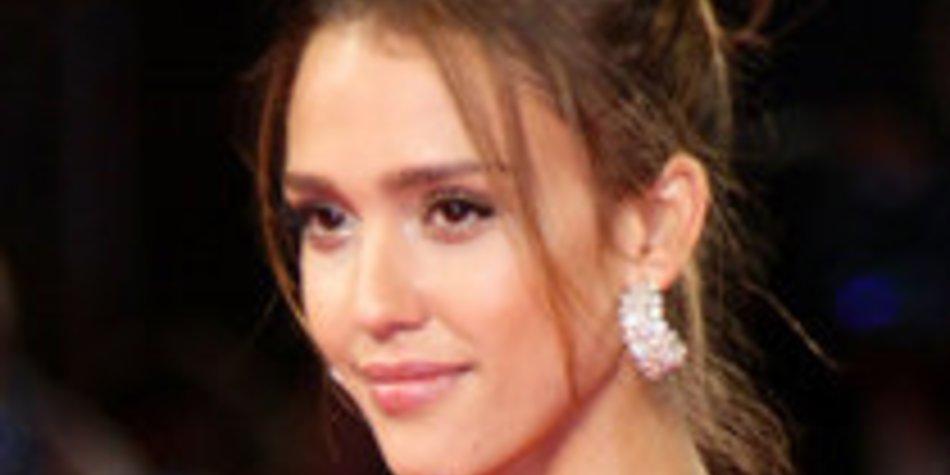Jessica Alba: Brautjungfer bei Hochzeit