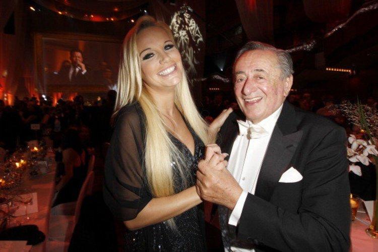 Gina Lisa Lohfink mit dem Ball-Chef Richard Lugner
