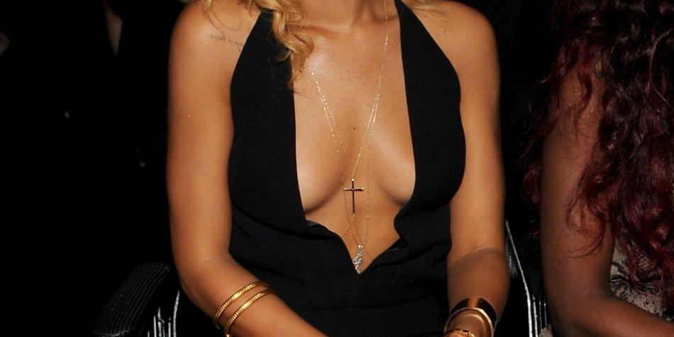 Rihanna ist gerne nackt