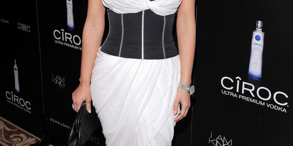 Kim Kardashian: Beziehungskrise wegen Ehevertrag?