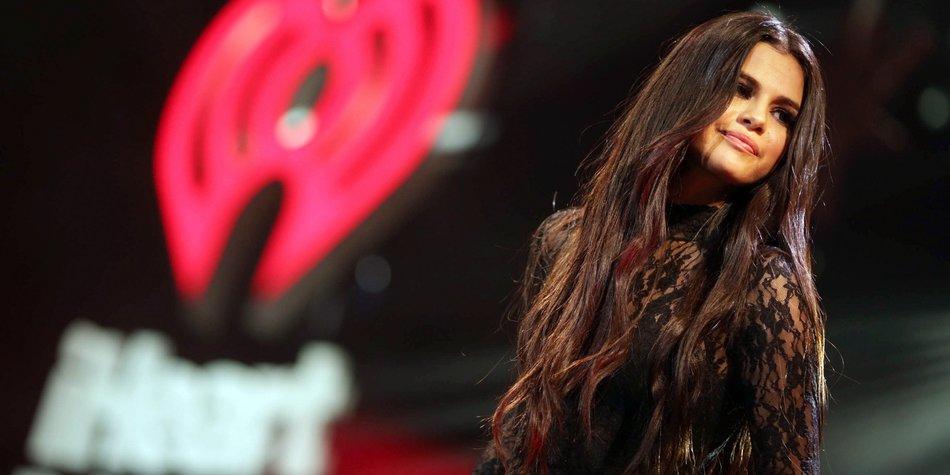 Selena Gomez auf der Bühne