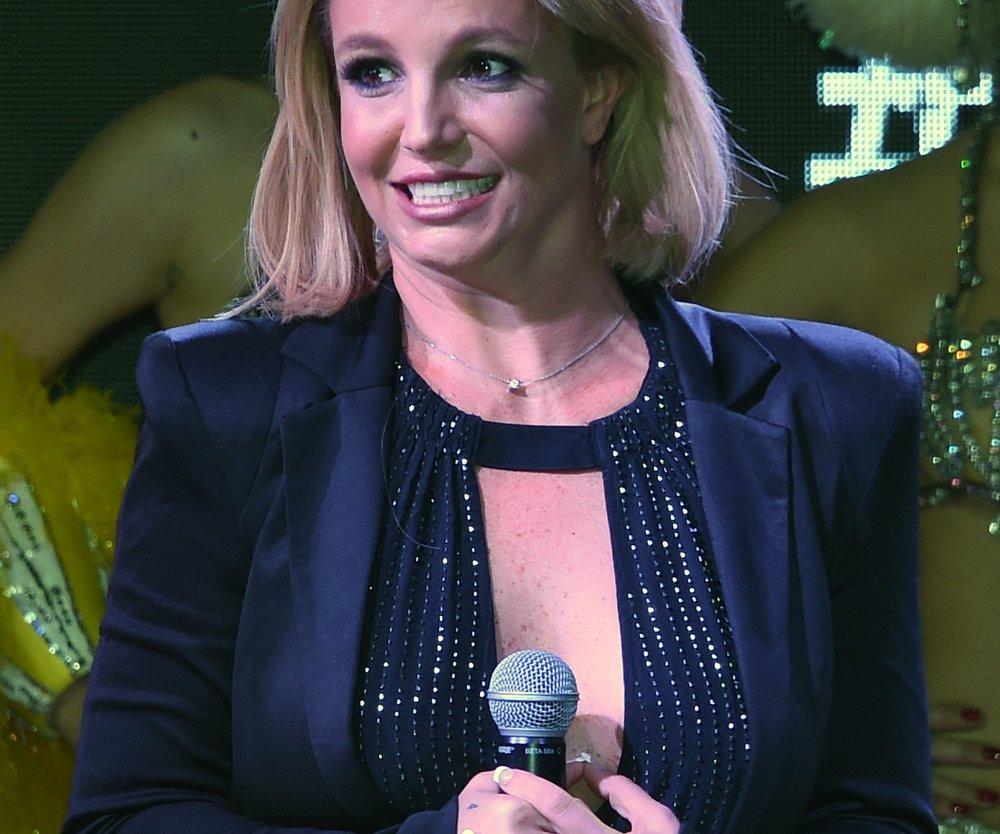 Britney Spears beim Super Bowl 2016!