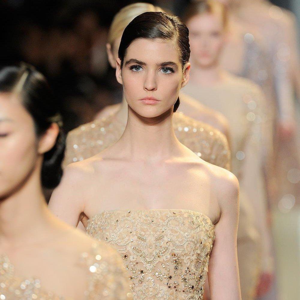 Haute Couture Paris: Elie Saab mit seidiger Noblesse