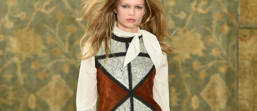 Anna Ewers modelt für Liu·Jo