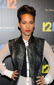 Alicia Keys: Pixie Cut mit welligem Oberkopf