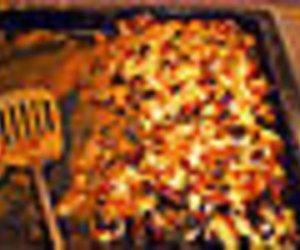 Feuertopf mit Ananas und Pilzen