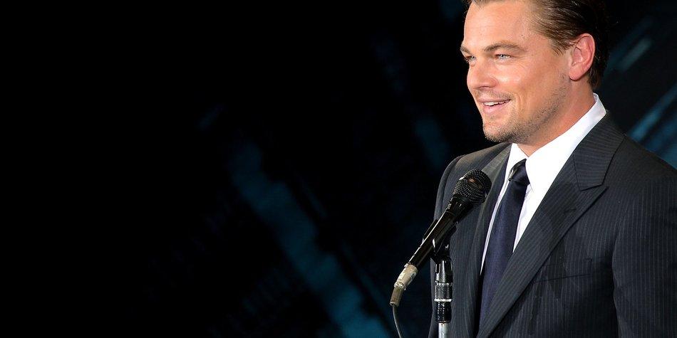 Leonardo DiCaprio zwischen zwei Frauen?