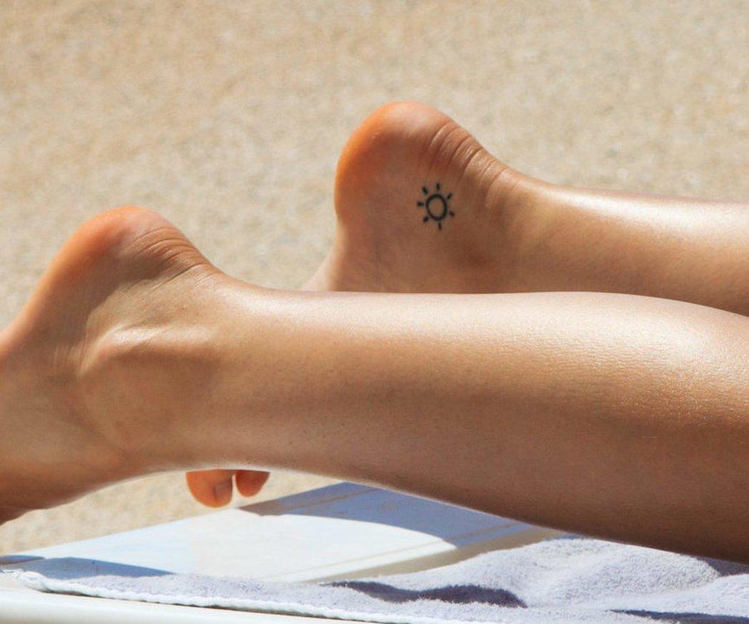 Wellen Tattoo Bedeutung Und Bilder Zum Motiv Desired De