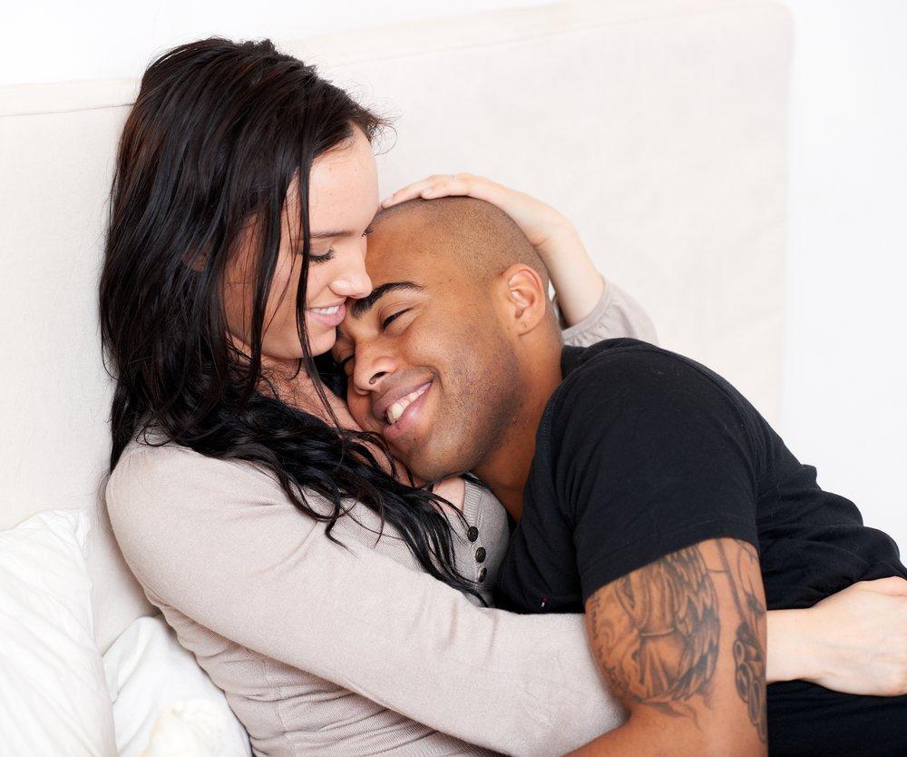 sich neu in den Partner verlieben