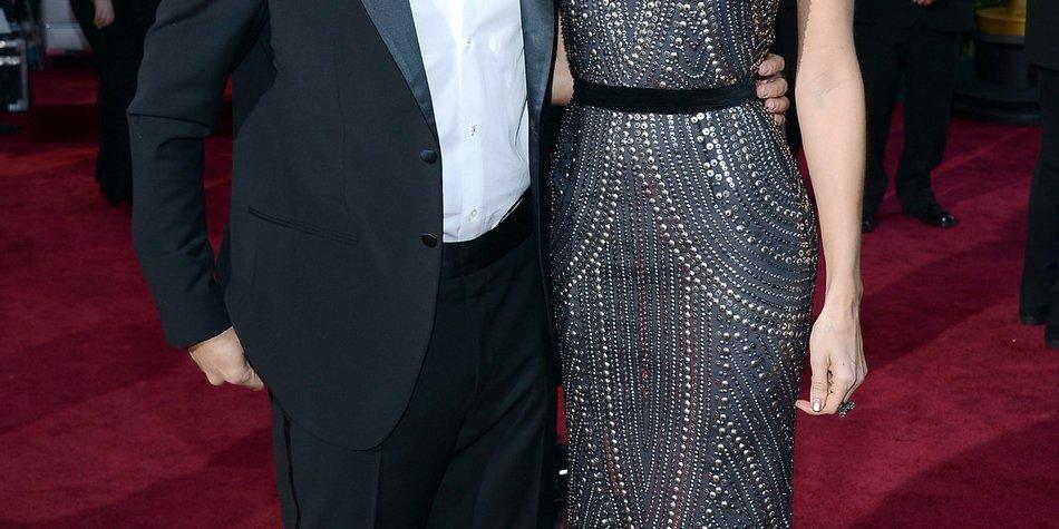George Clooney sucht Outfits für Stacy Keibler aus