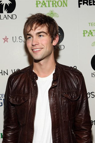 Chace Crawford: Free The Noise