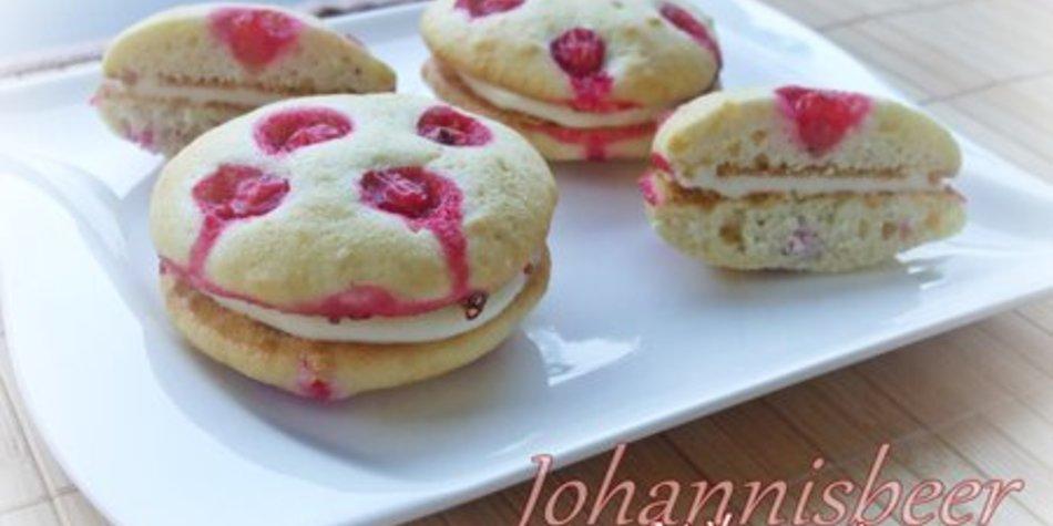 Johannisbeer-Whoopies