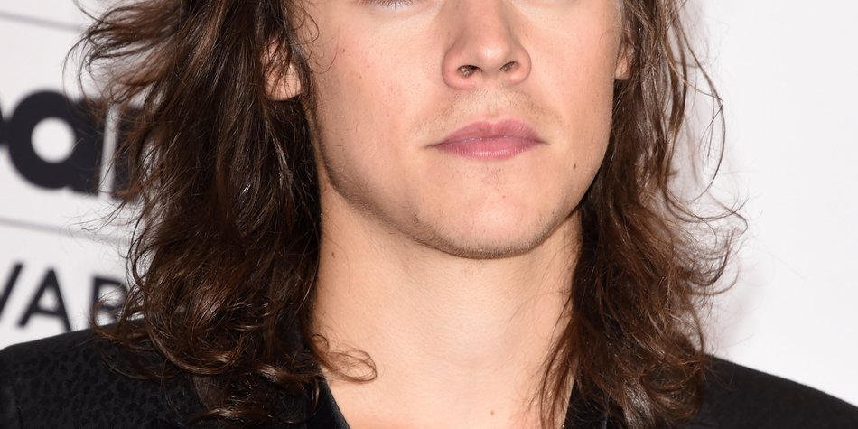 One Direction-Star Harry Styles turtelt mit neuer Freundin