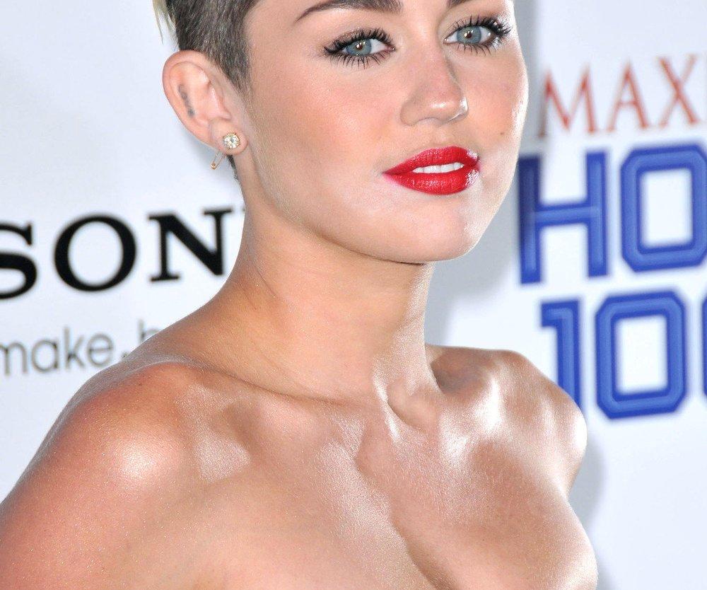 Miley Cyrus an der Spitze der Charts!