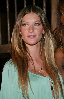 Gisele Bündchen: Sleek Look