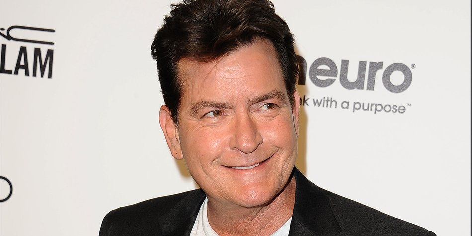161202_EL_CharlieSheen_JasonLaVeris_GettyImages