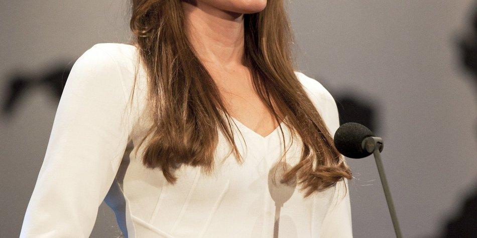 Angelina Jolie will Bestatterin werden