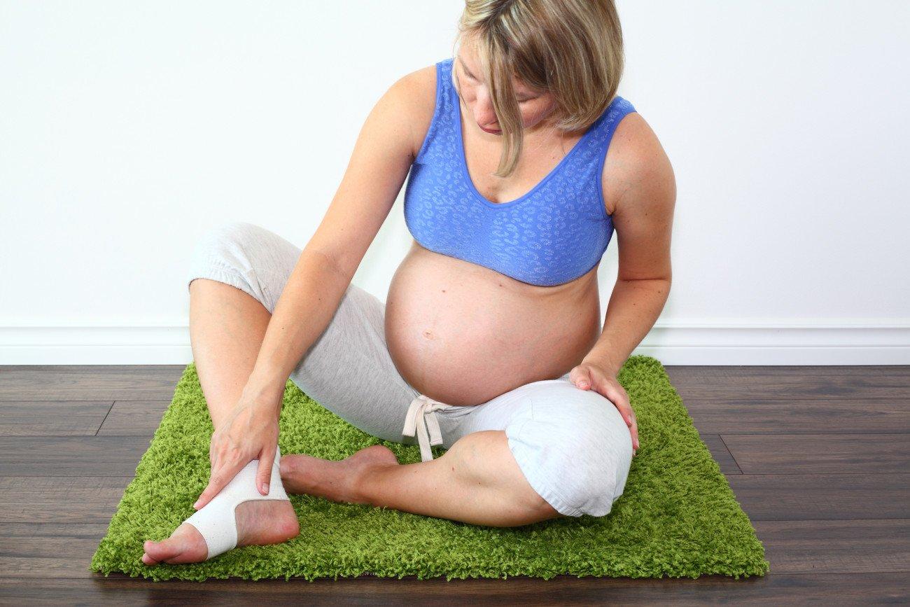 Wassereinlagerungen am Fuß während der Schwangerschaft