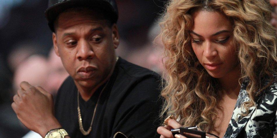 Beyonce und Jay-Z sollen auf Brangelinas Hochzeit singen