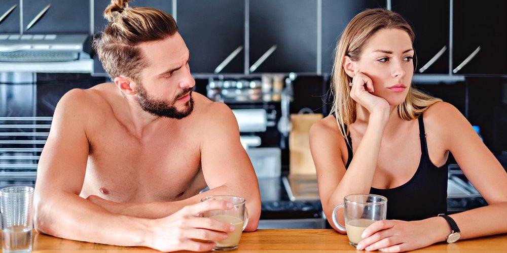 Klar, wenn du mit anderen Männern flirtest, dann macht das deinen Freund eifersüchtig. Doch wusstest du, dass er auch auf diese Dinge so reagieren kann?!