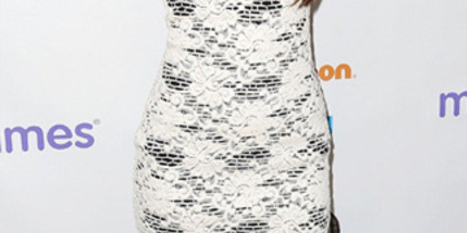 Megan Fox präsentiert sich nach der Geburt ihres Sohnes im September wieder auf einem roten Teppich.