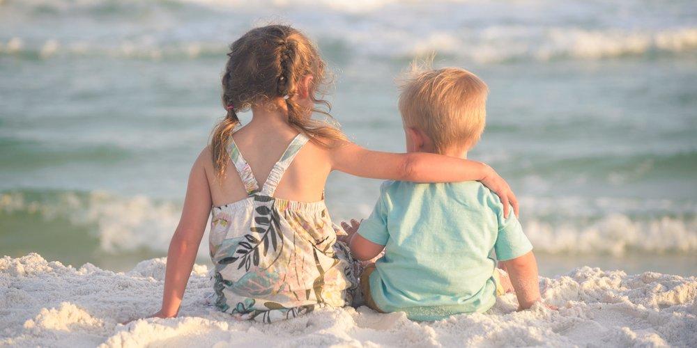 Zu unseren kleinen Brüdern haben eine ganz spezielle Verbindung, die wir sonst mit keinem Menschen teilen. Erfahre hier, was sie so besonders macht!