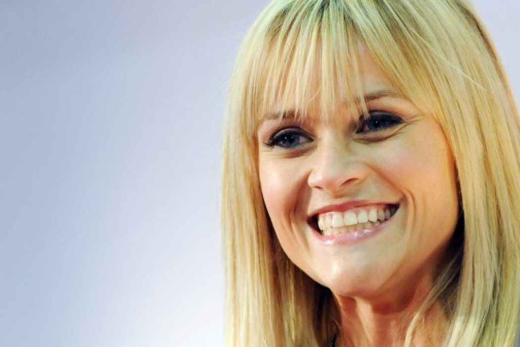 Reese Witherspoon Versteckt Ihre Narbe Top Story