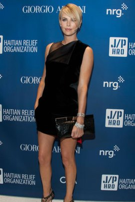 Charlize Theron elegant wie immer