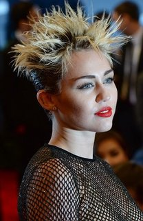 Miley Cyrus: Short Cut im Igellook