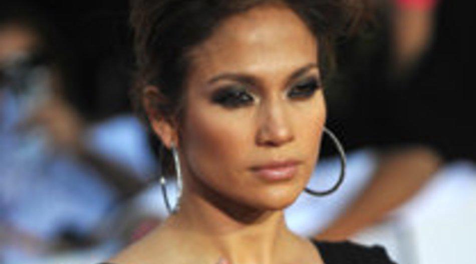 Jennifer Lopez steht an Silvester auf der Bühne
