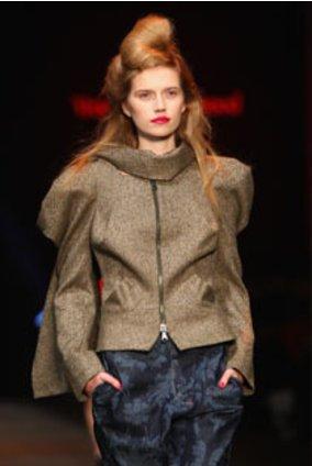Model von Vivienne Westwood bei der London Fashion Week