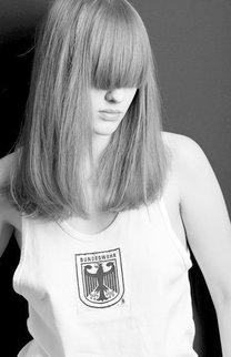 Lange Haare mit Vollpony