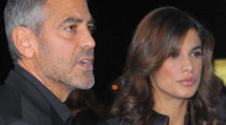 George Clooney stellt Freundin Hollywood-Stars vor