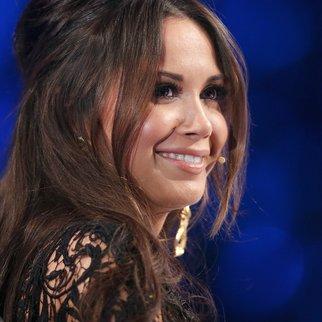 Mandy Capristo lächelt die Gerüchte einfach weg